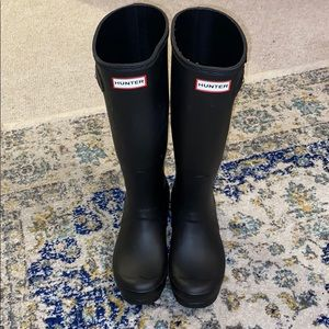 Tall Hunter Boots with Gray Knitted Cuff Socks